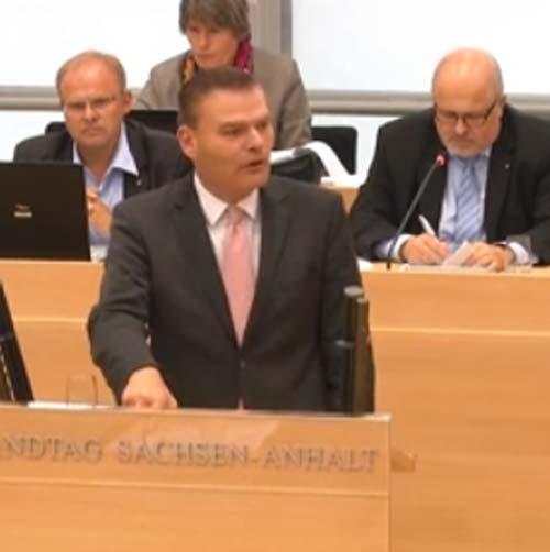 Stahlknecht befürwortet Flaggen-Freigabe